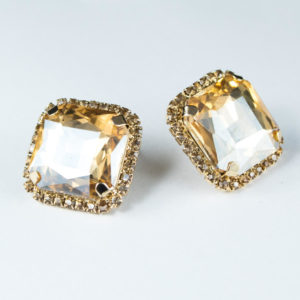 Golden stone cube AD earring